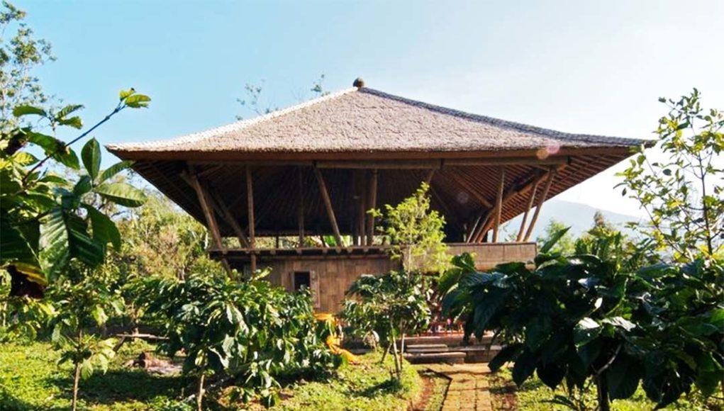 96+ Gambar Rumah Bambu Bertingkat Sederhana HD