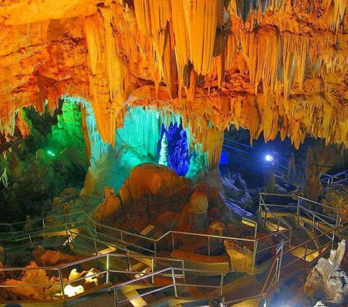 Hasil gambar untuk gua gong